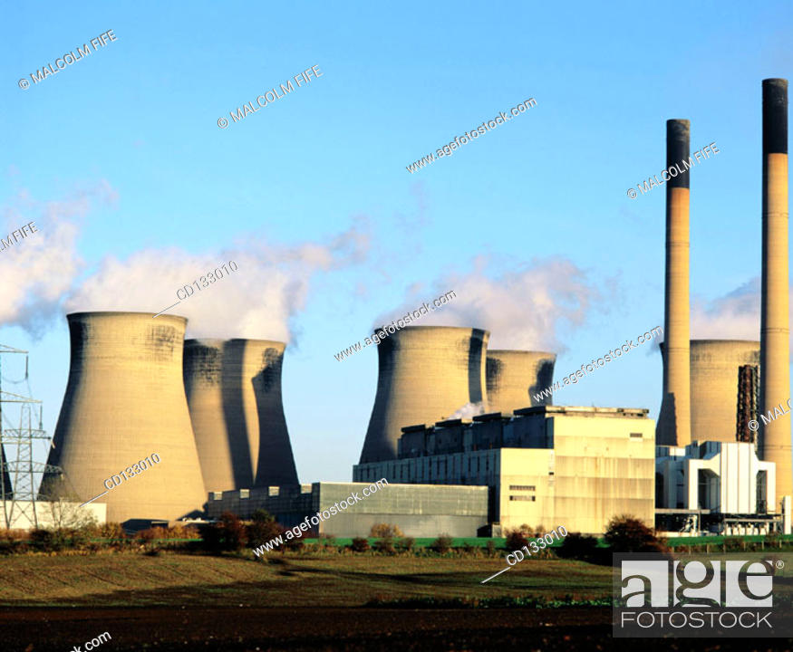 Stock Photo: Coal-fired power station near Legos. Yorkshire. England.