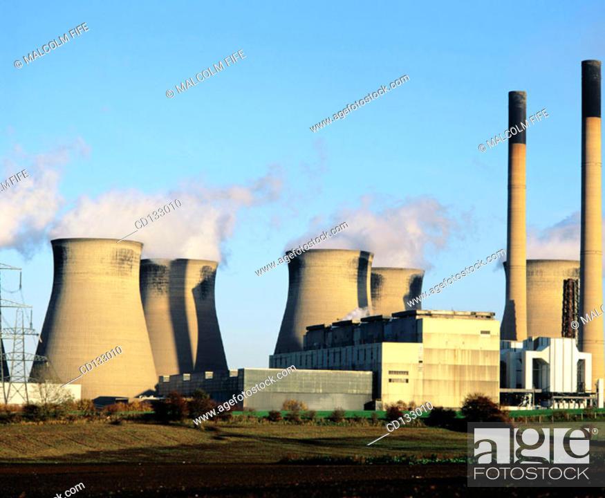 Stock Photo: Coal-fired power station near Legos. Yorkshire. England.