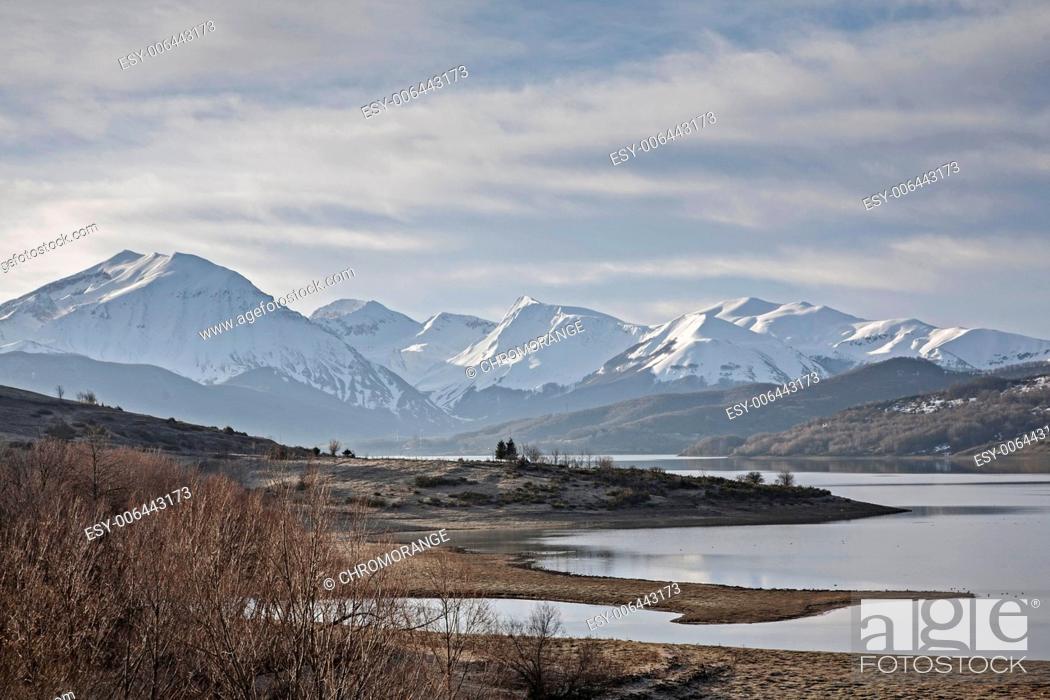 Imagen: Lago di Campotosto.