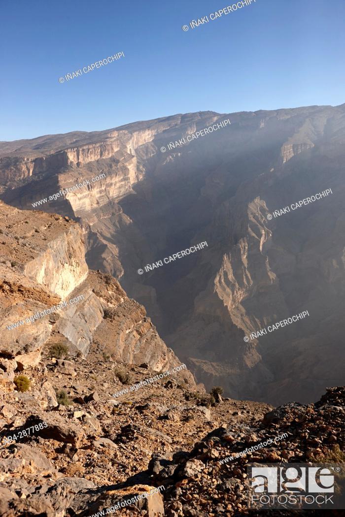 Stock Photo: Landscape of Wadi Nakhr canyon, Jebel Shams Plateau, Oman.