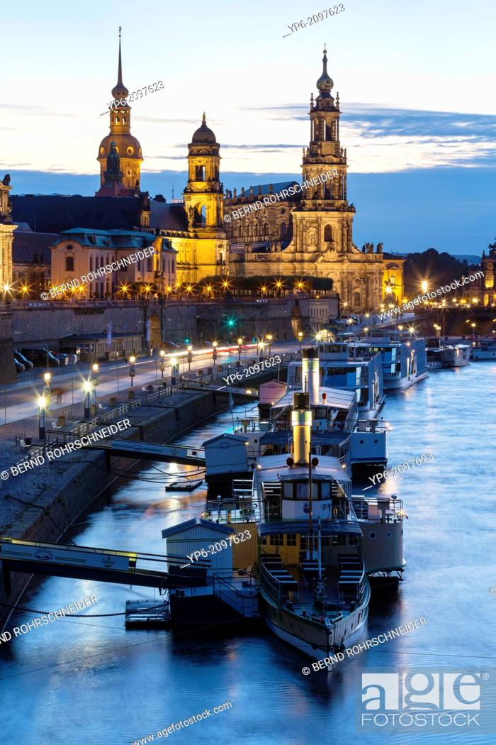 Stock Photo: river Elbe with ships, Dresden Castle, appellate court and Dresden Cathedral at night, Dresden, Saxony, Germany.
