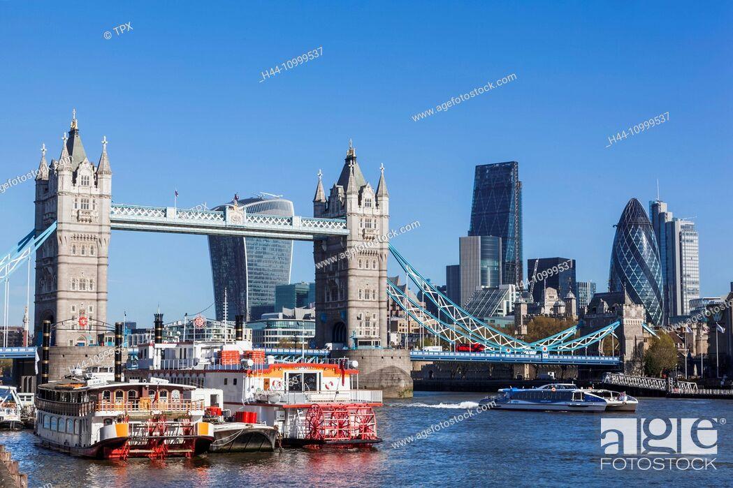 Imagen: England, London, Thames River and London Skyline.