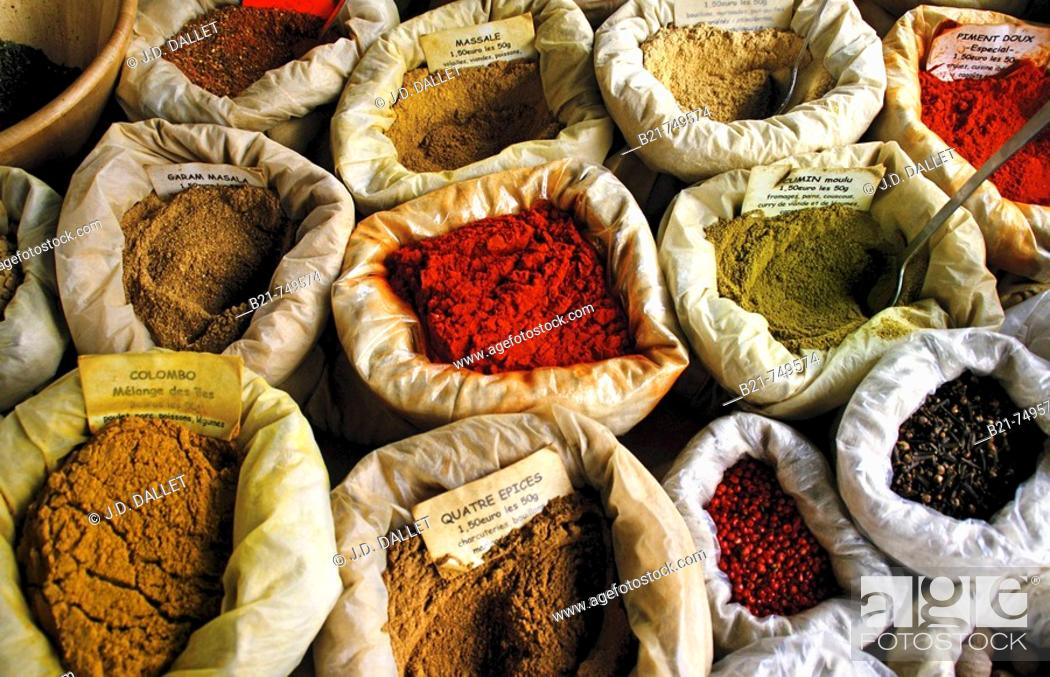 Stock Photo: France. Gironde. Bordeaux. spices on a street market.