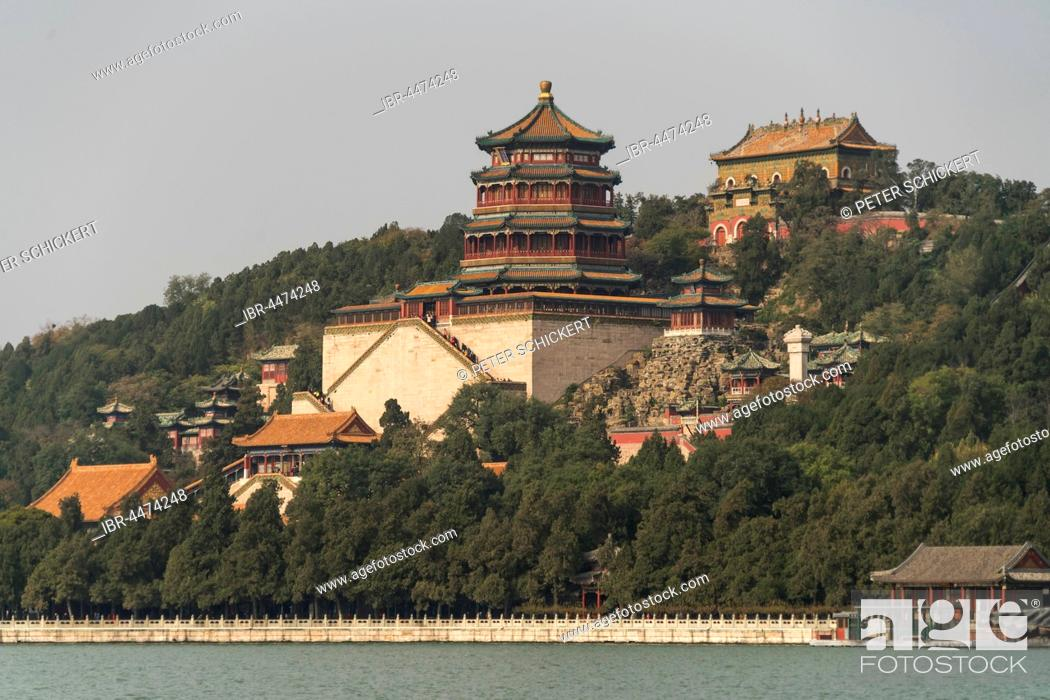 Stock Photo: Longevity Hill and Tower of Buddhist Incense, Summer Palace, Beijing, China.