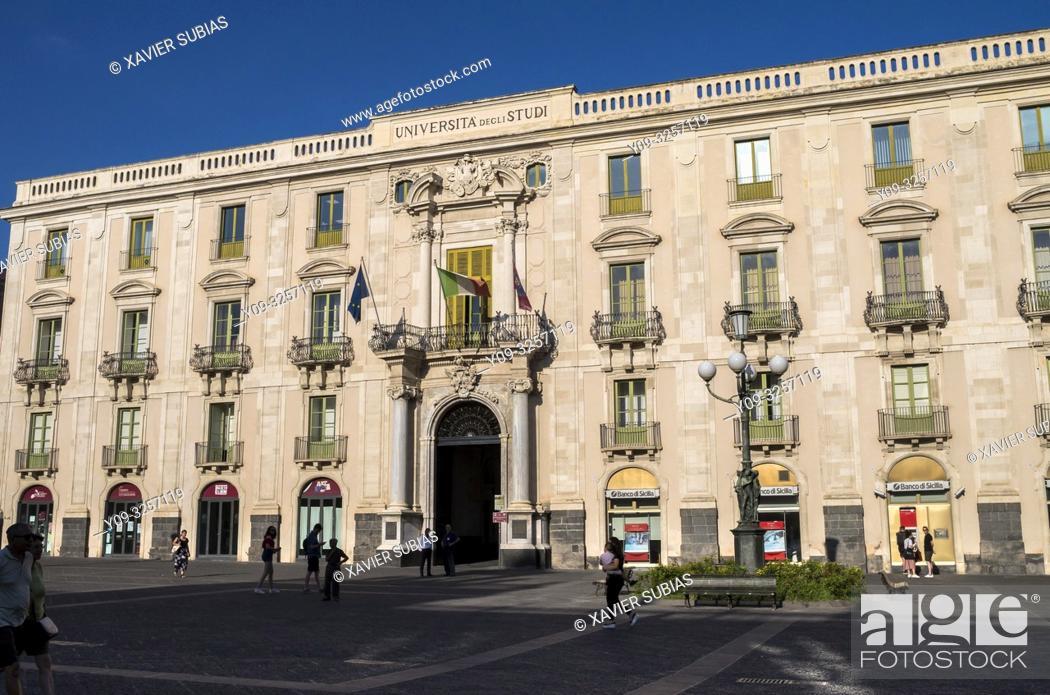 Stock Photo: Universitat square, Palazzo San Giuliano, Catania, Sicily, Italy.