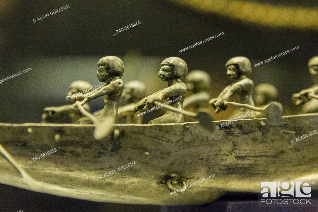 Stock Photo: Egypt, Cairo, Egyptian Museum, silver rowers on a boat found in the tomb of the queen Ahhotep, the mother of Ahmosis, Dra Abu el Naga, Luxor.