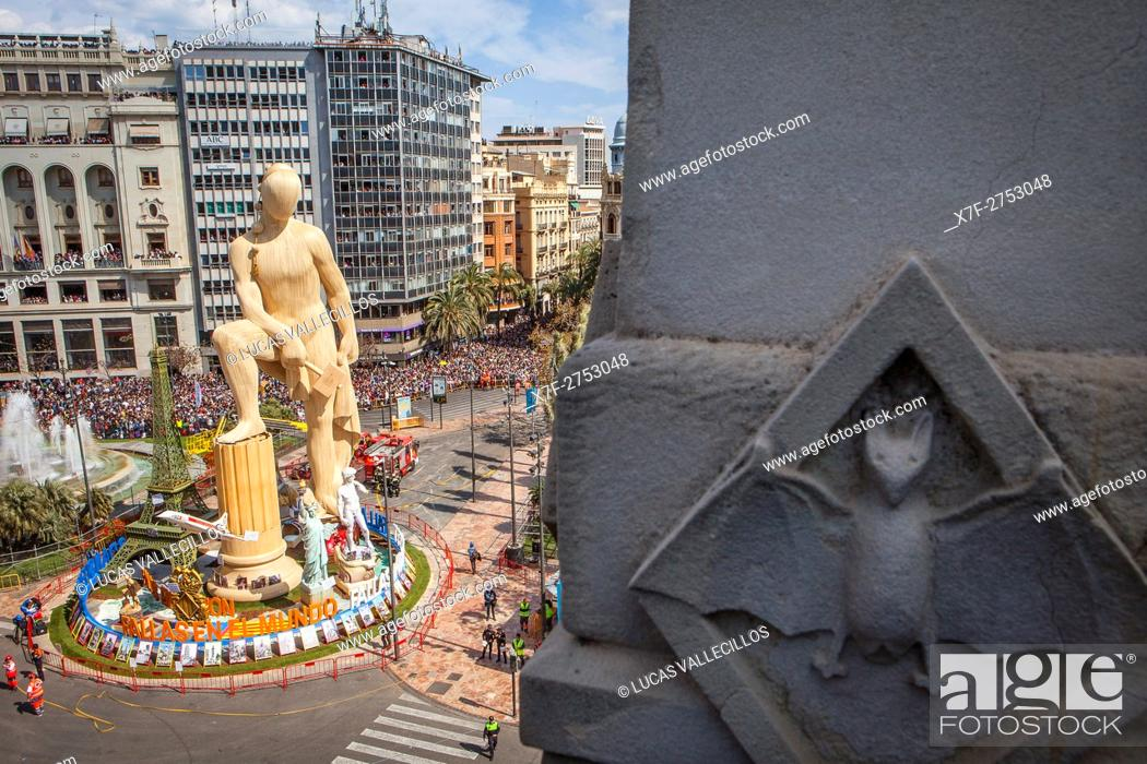 Stock Photo: 5 minutes before `Mascleta', in Plaza del Ayuntamiento, Fallas festival, Valencia, Spain.