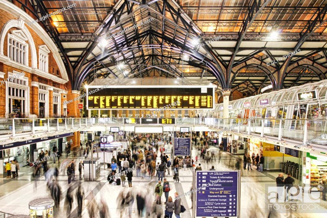 Stock Photo: Liverpool Street station, London, England.