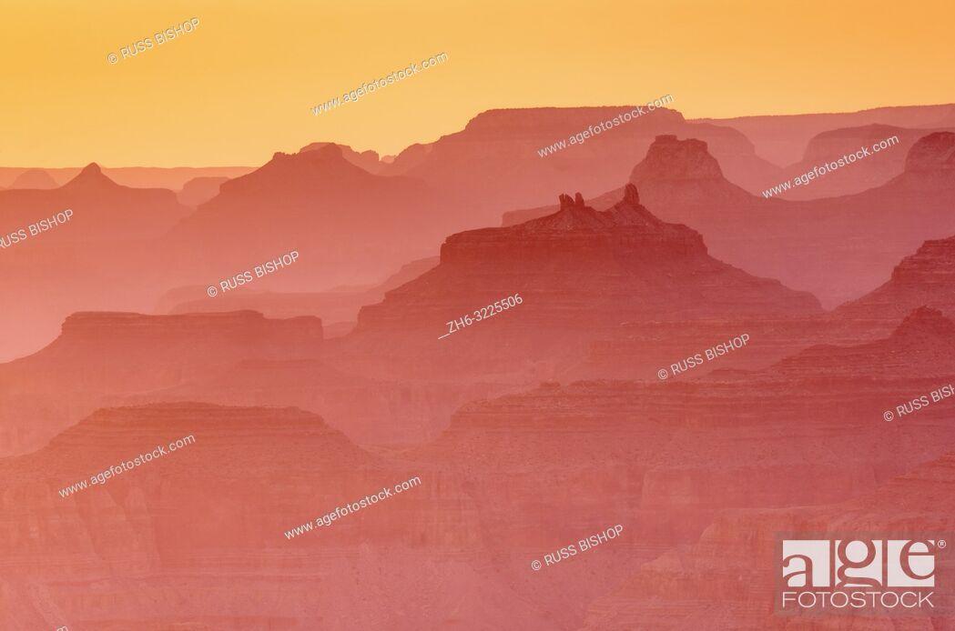 Imagen: Evening light over the Grand Canyon, Grand Canyon National Park, Arizona USA.