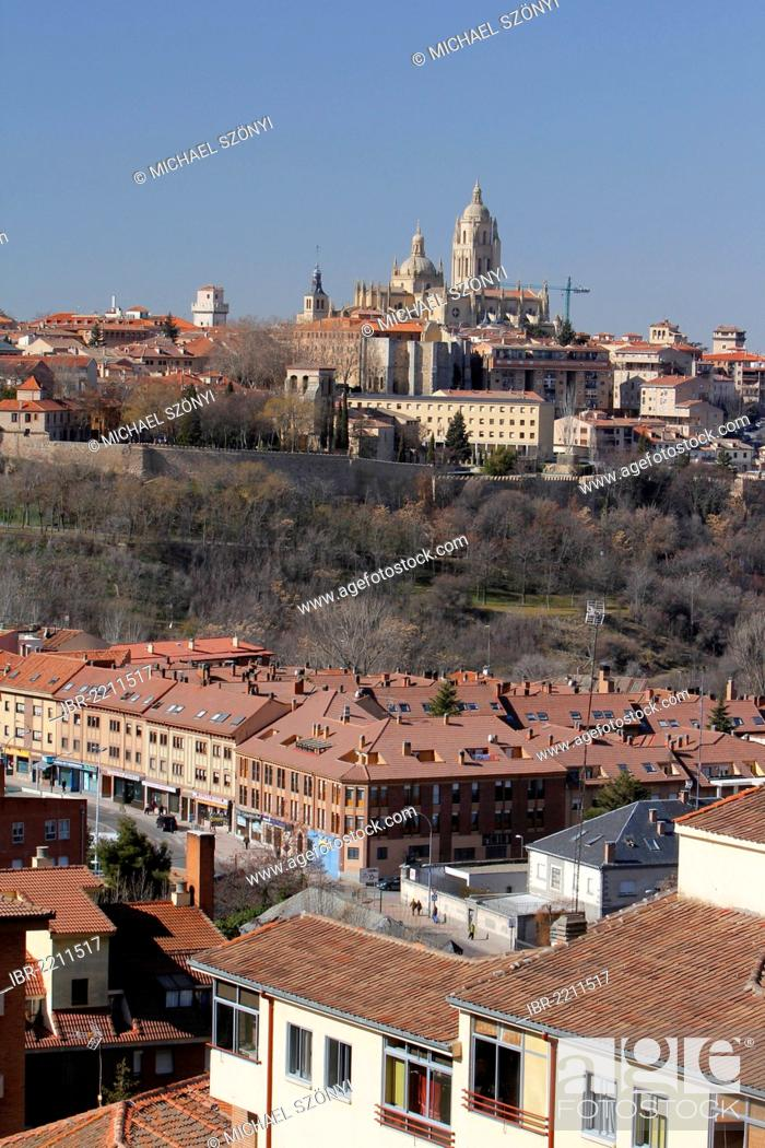 Stock Photo: View of Segovia and Segovia Cathedral, Castile and León, Spain, Europe.