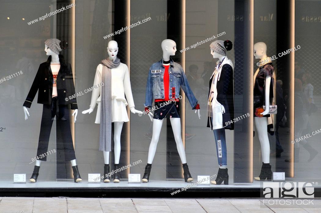 Stock Photo: Dummies in clothing store. Portal de L'Angel. Barcelona. Catalonia. Spain.