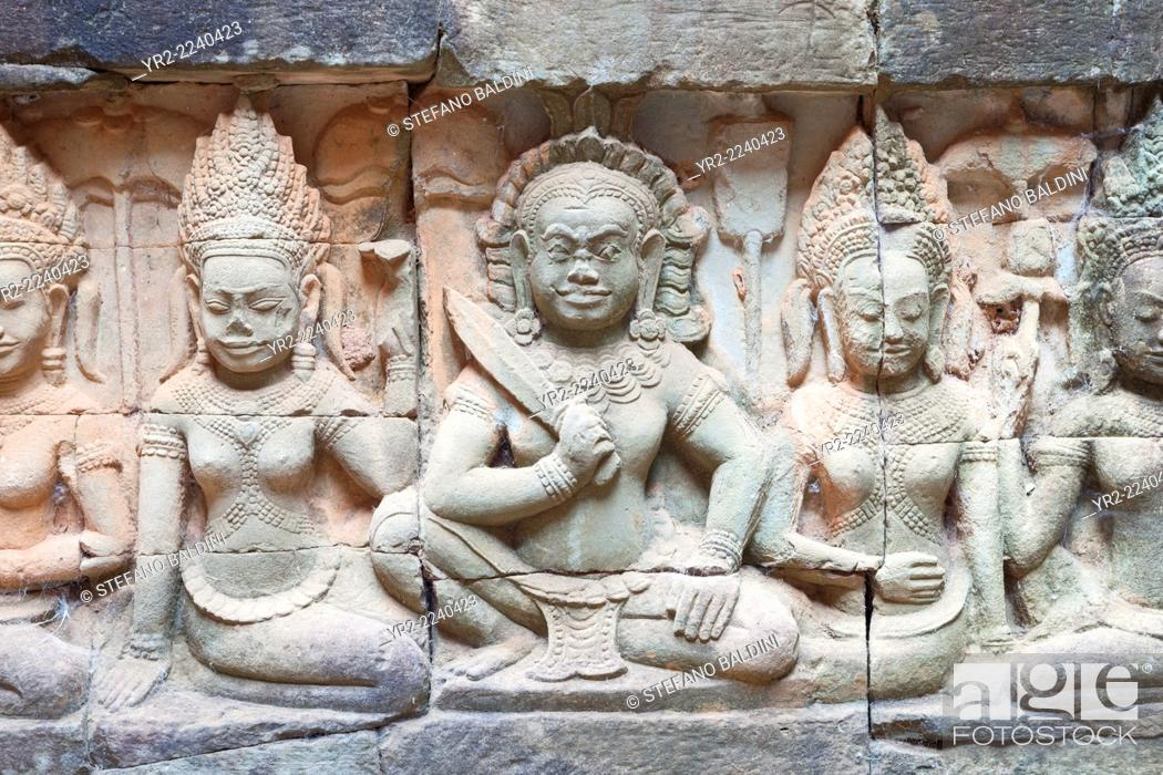 Imagen: Bas-relief depicting a warrior on the hidden wall of the terrace of the elephants, Angkor Thom, Siem Reap, Cambodia.