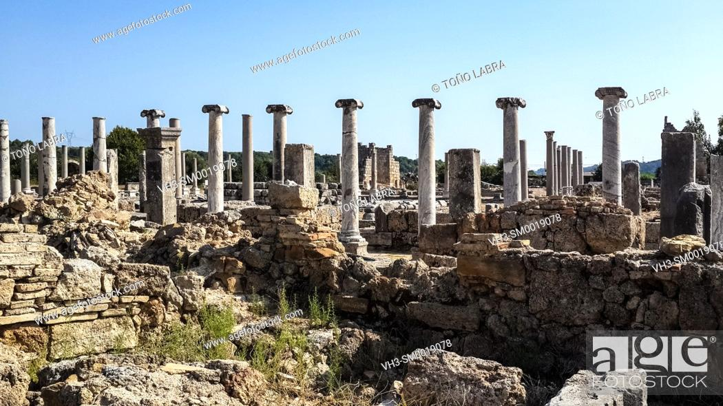 Stock Photo: Perge, Old capital of Pamphylia Secunda. Ancient Greece. Asia Minor. Turkey.
