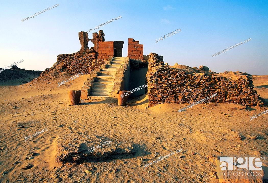 Stock Photo: The northern temple, ruins of the Greco-Roman city of Karanis, Fayyum region, Egypt.