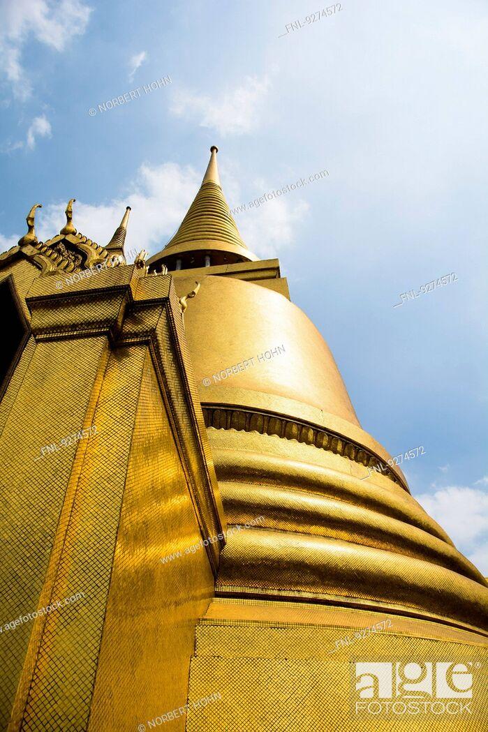 Stock Photo: Golden Stupa in Temple Wat Phra Kaeo in Bangkok, Thailand.