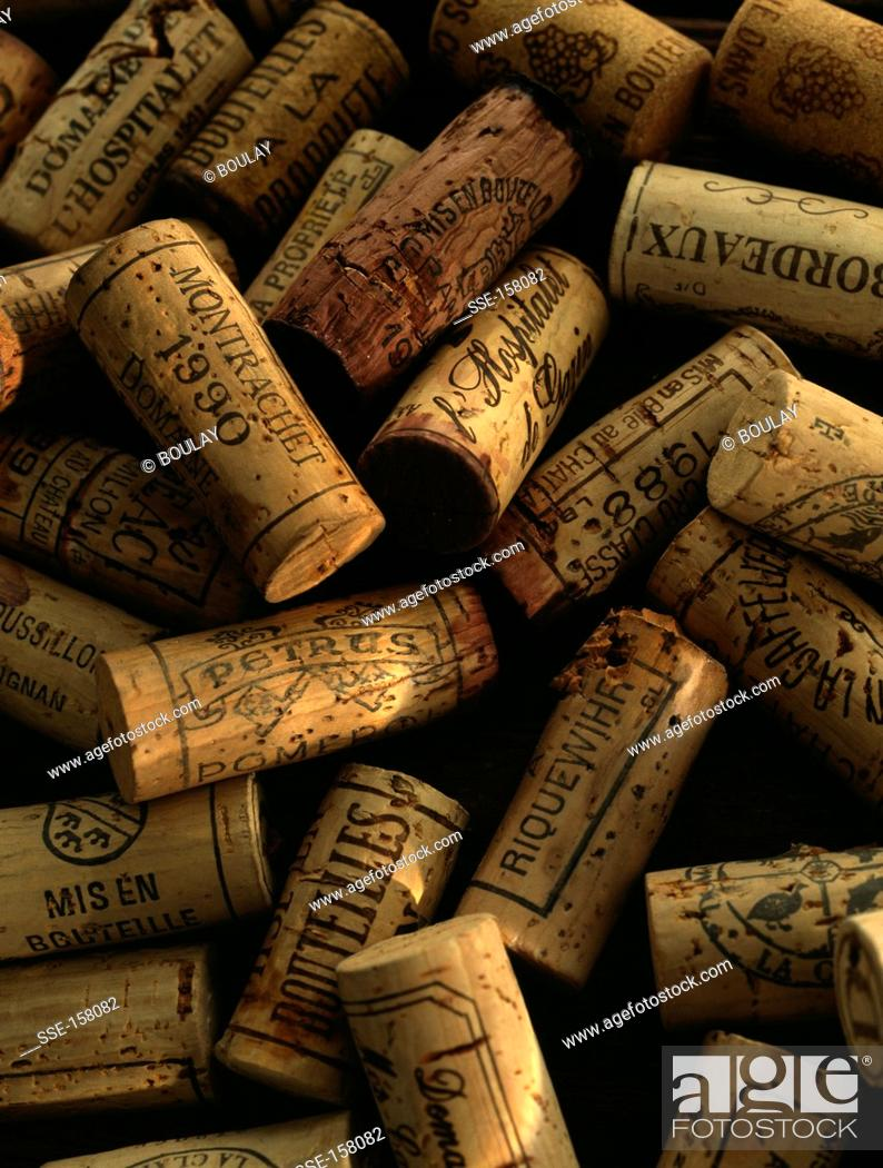 Stock Photo: Heap of corks.