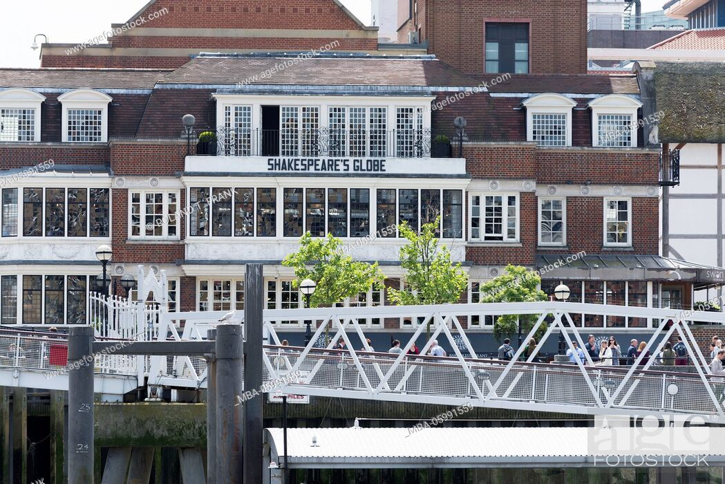 Stock Photo: England, London, the Thames, Globe Theatre is the name of an Elizabethan theatre on the south shore of the Thames which become famous because of William's.