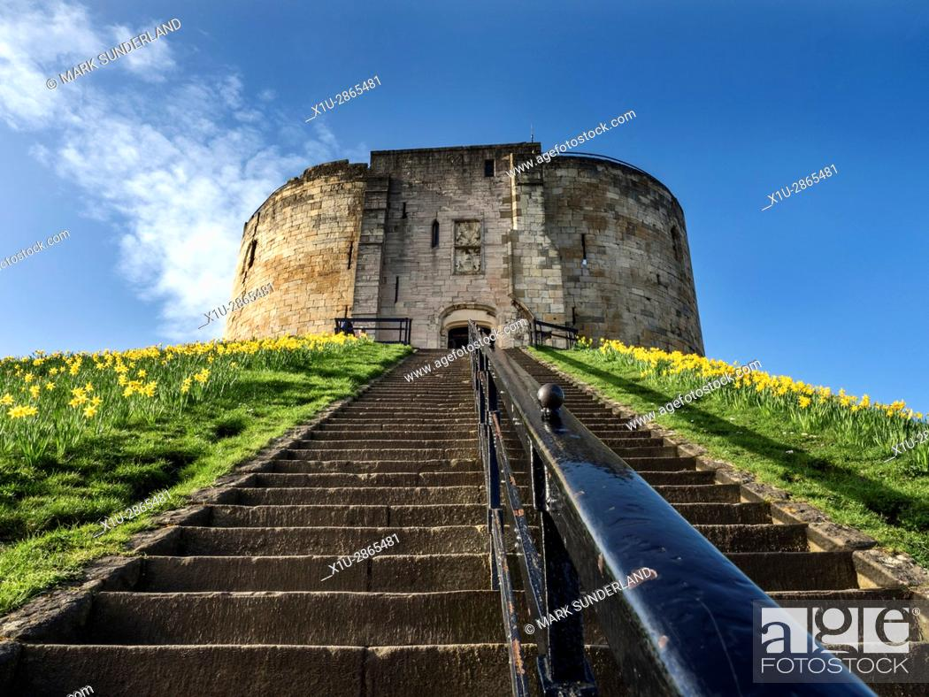 Imagen: Steps up to Cliffords Tower in Spring York Yorkshire England.