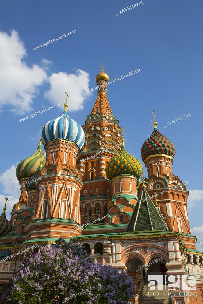 Stock Photo: St Basil's Cathedral, Red Square, UNESCO World Heritage Site, Moscow, Russia.