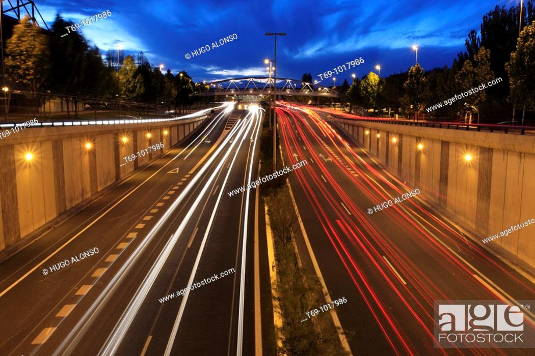 Stock Photo: Traffic. Logroño. La Rioja. Spain.