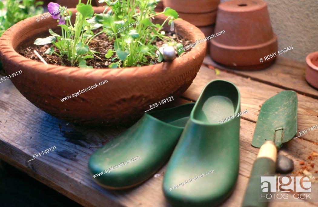 Imagen: Gardening still life.