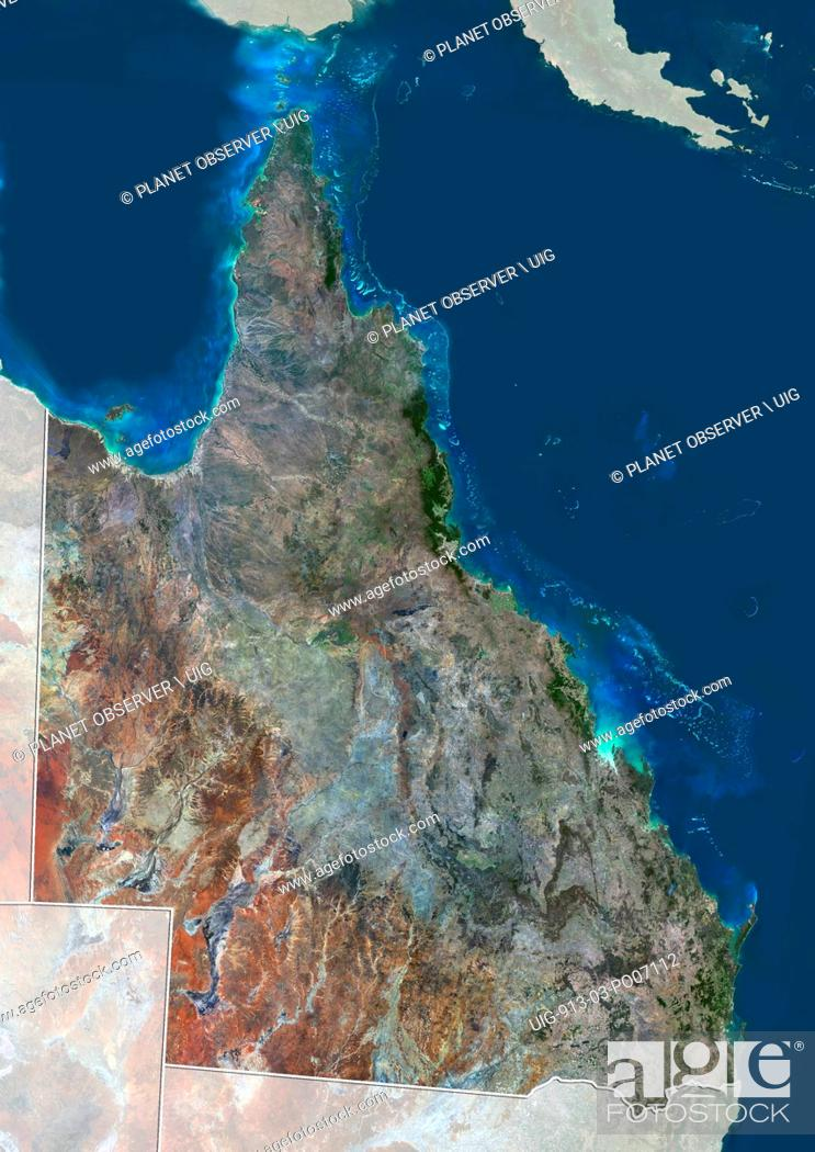 Imagen: Satellite view of Queensland, Australia (with administrative boundaries and mask). The Great Barrier Reef extends along most of Queensland's coastline.