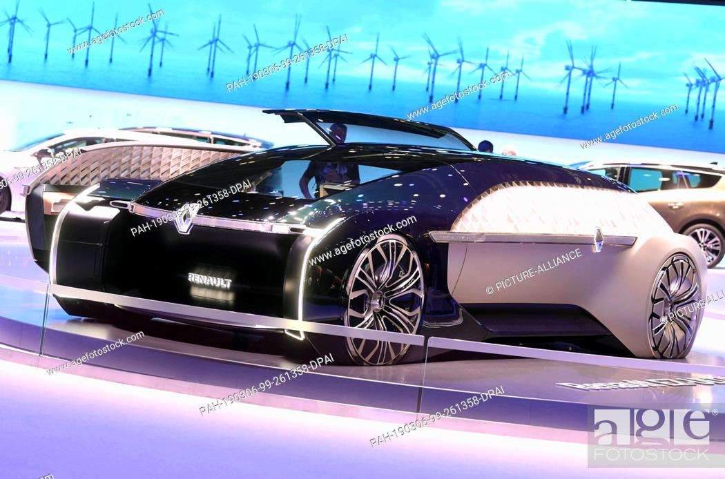 Stock Photo: 06 March 2019, Switzerland, Genf: At the Geneva Motor Show on the second day of the Renault press conference, the autonomous EZ-Ultimo electric study will be.
