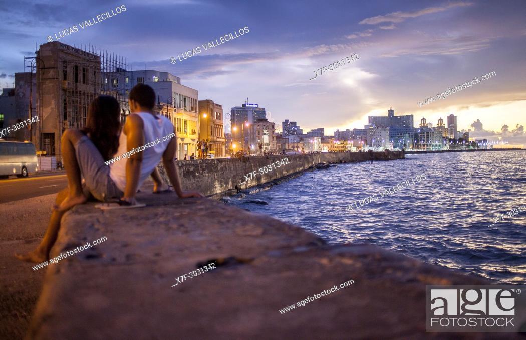 Stock Photo: Couple, in Malecón, La Habana, Cuba.