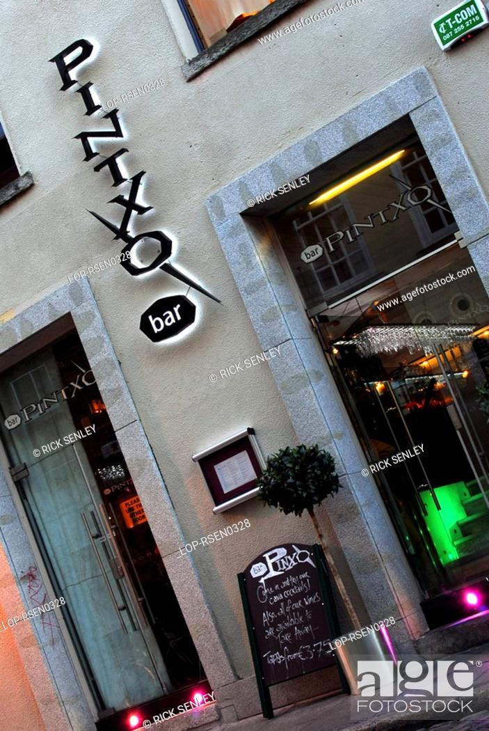Republic Of Ireland Dublin Temple Bar The Exterior Of Pintxo Spanish Restaurant In The Temple Bar Stock Photo Picture And Rights Managed Image Pic Lop Rsen0328 Agefotostock