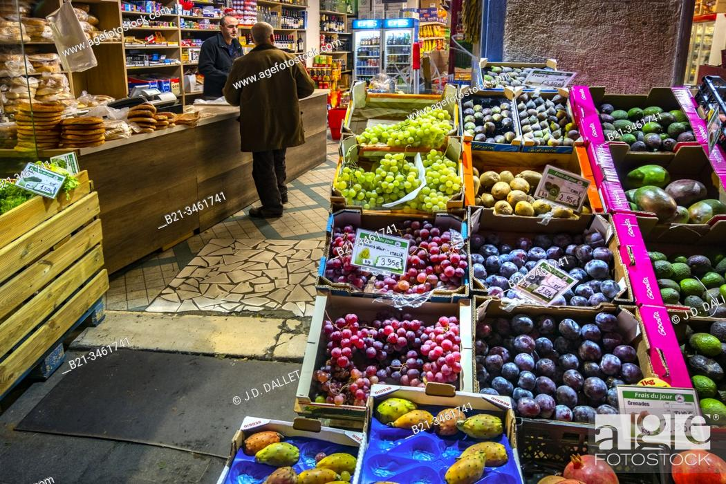 """Stock Photo: France, Nouvelle Aquitaine, Gironde, """"""""Ulker Market"""""""" on Saint Michel area, at Bordeaux."""