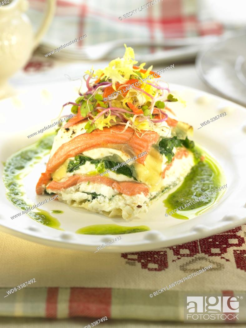 Stock Photo: Lasaña de salmon ahumado y queso fresco / Smoked salmon lasana and fresh cheese.