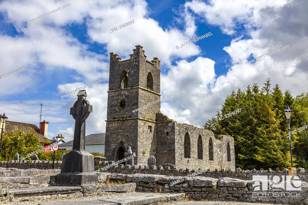 Imagen: Ruins of the Cong Abbey also known as the Royal Abbey of Cong, in County Mayo Ireland.