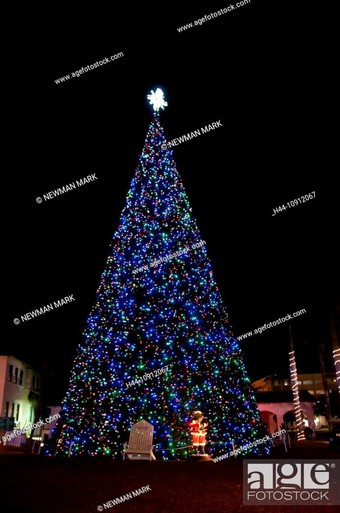 Delray Christmas Tree Lighting 2021 Christmas Lighting Delray Beach Usa Florida Tree Night Stock Photo Picture And Rights Managed Image Pic H44 10912067 Agefotostock