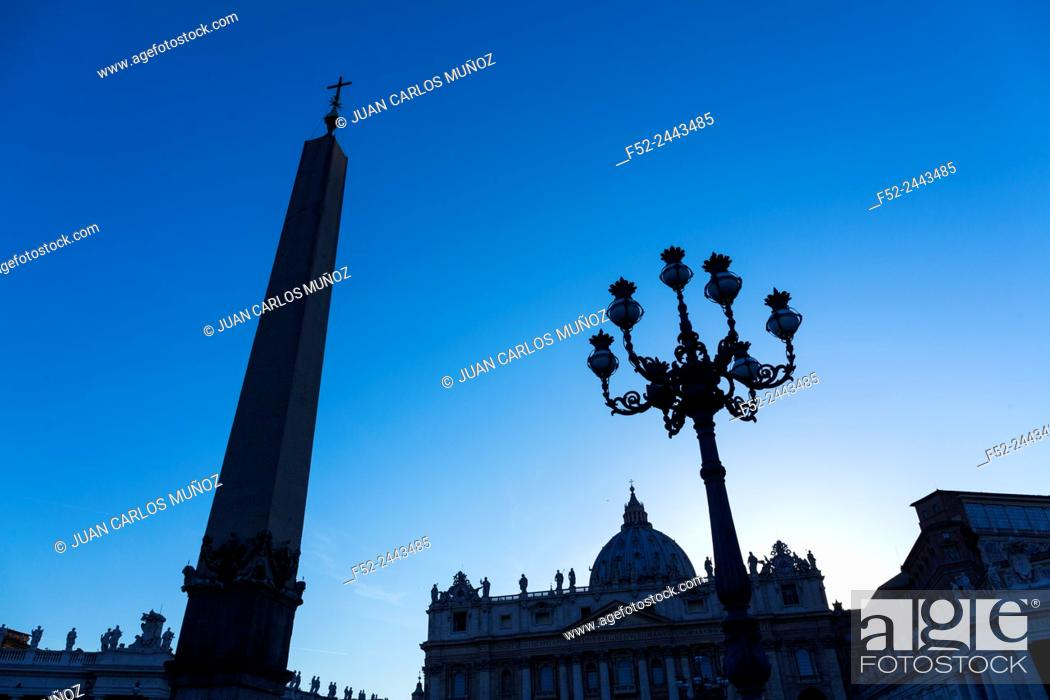Stock Photo: Obelisk, San Pietro Basilica, Vatican, Rome, Italy, Europe.