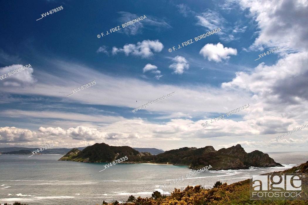 Stock Photo: Galicia Atlantic Islands National Park  Bird santuary  Galicia, Spain.
