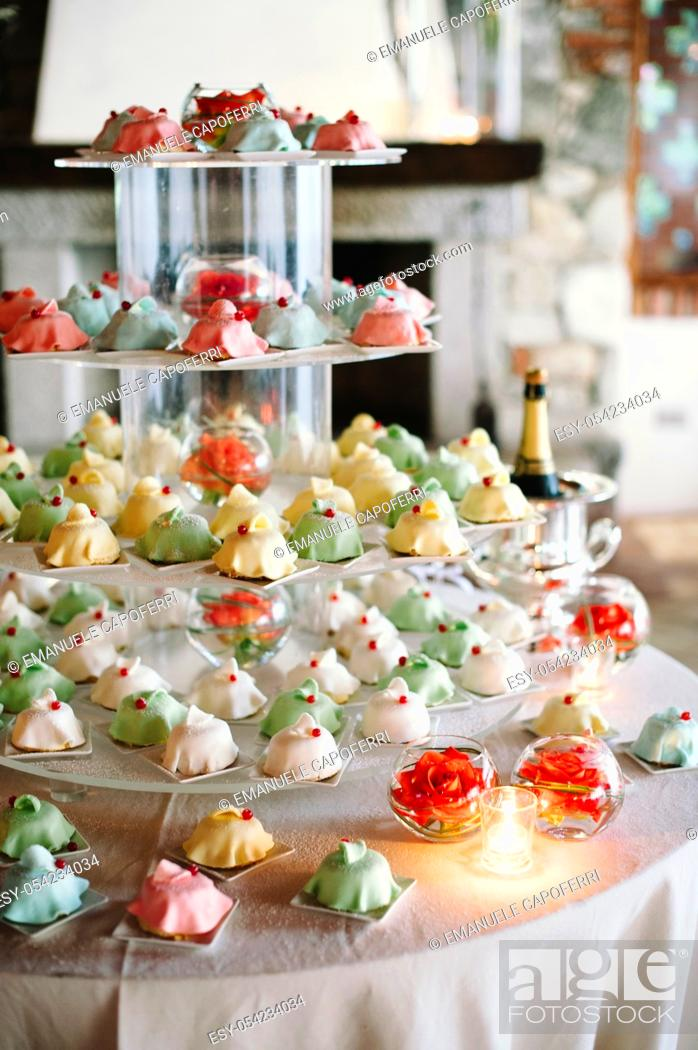 Stock Photo: Cup cake wedding.