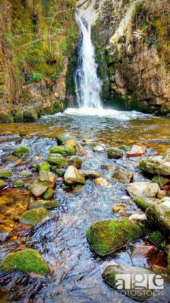 Imagen: 'Chorrón' waterfall, Villamayor, Piloña municipality, Asturias, Spain.