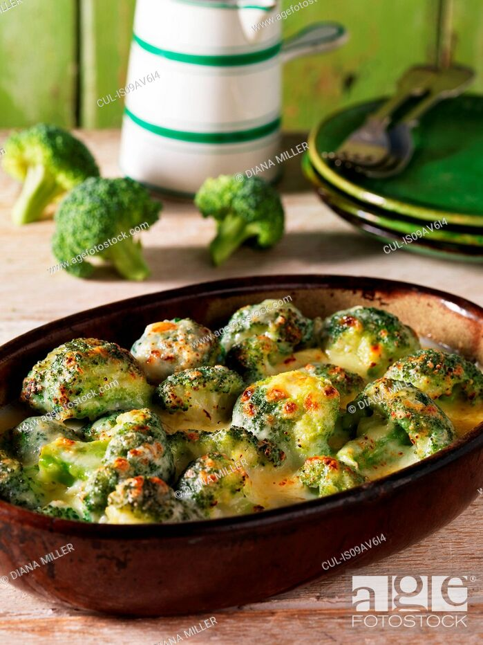 Stock Photo: Casserole side dish with broccoli gratin and cheese.