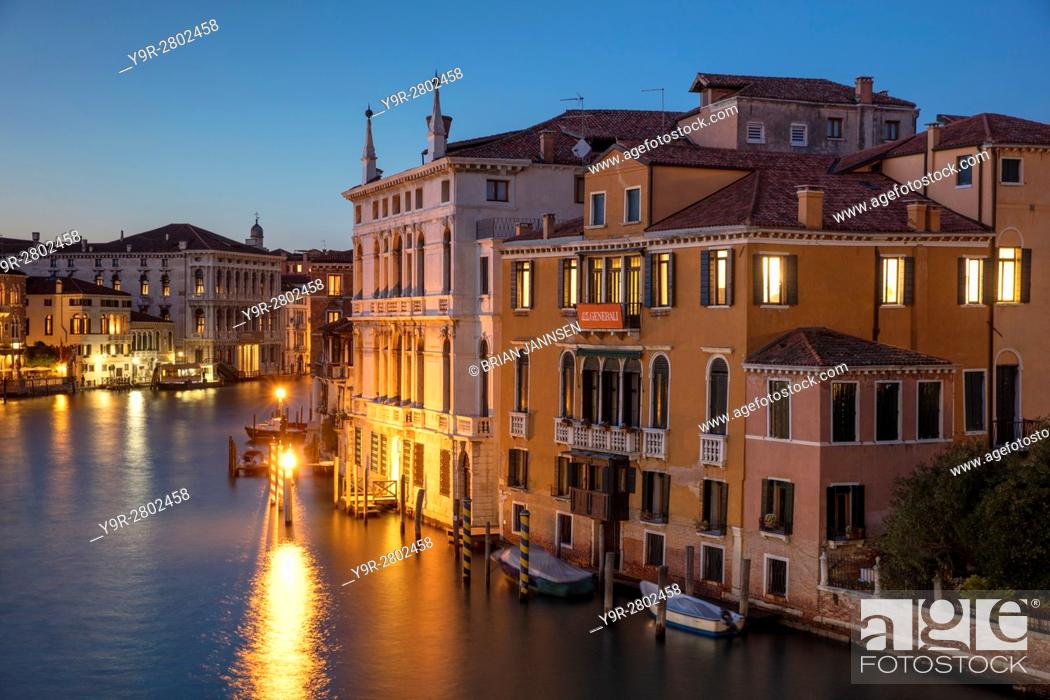 Stock Photo: Twilgiht over the buildings along the Grand Canal, Venice, Veneto, Italy.