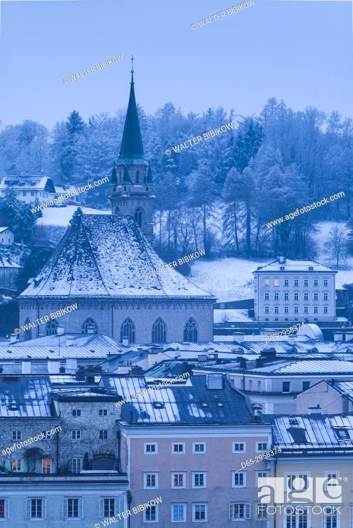 Stock Photo: Austria, Salzburgerland, Salzburg, elevated city view from the kapuzinerberg, dawn, winter.