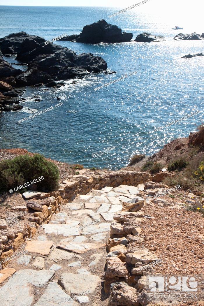 Imagen: Path to the beach, Murcia, Spain.