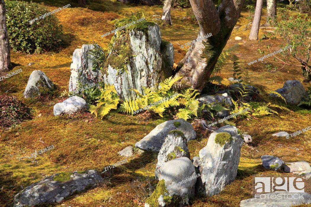 Imagen: Japan; Kyoto; Arashiyama, Tenryu-ji Temple, garden, .
