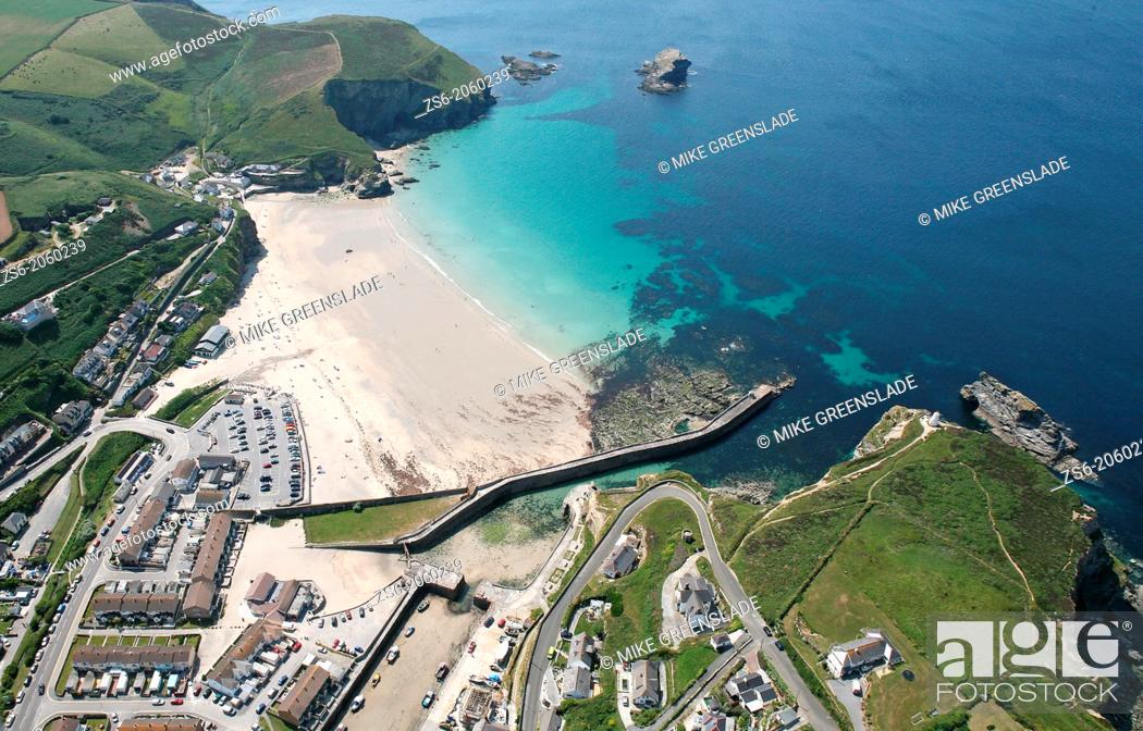 Imagen: Aerial of Portreath, Cornwall, UK.