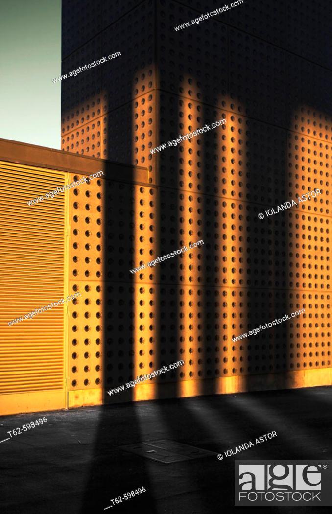 Photo de stock: Building at sunset. Forum de Barcelona, Catalonia, Spain.