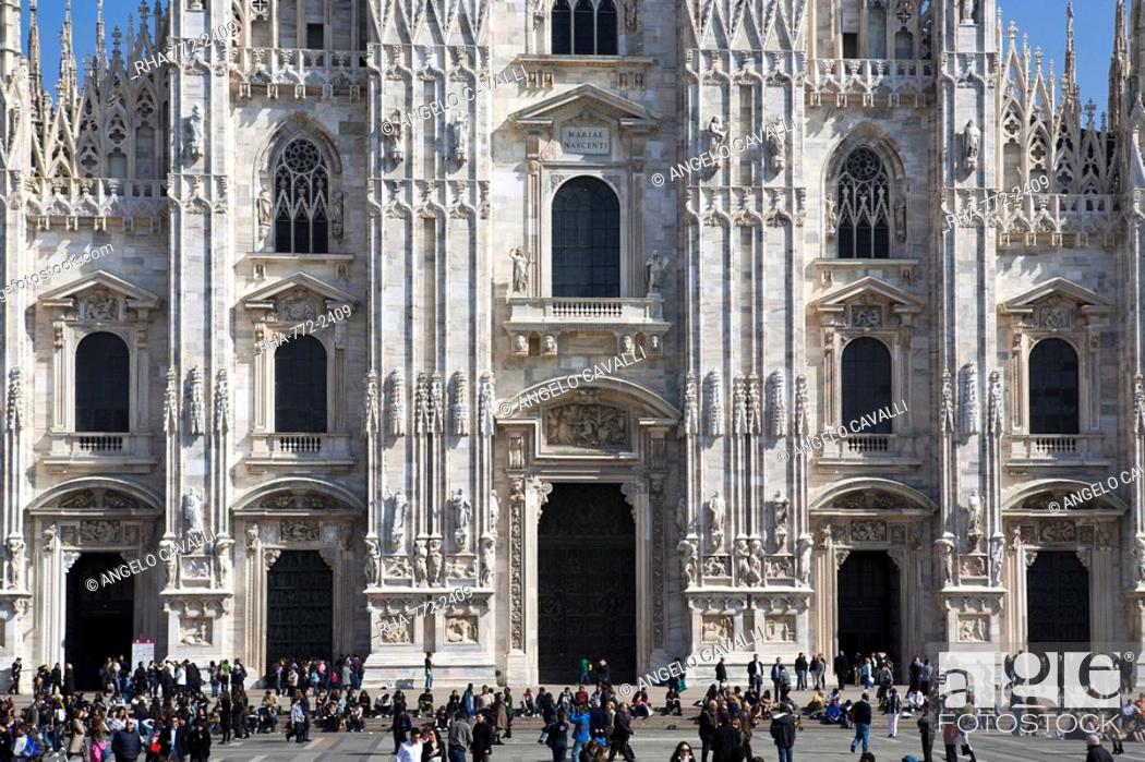 Stock Photo: The Cathedral Il Duomo, Milan, Lombardy, Italy, Europe.
