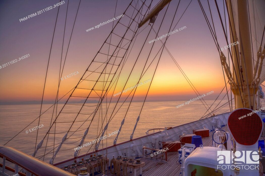 Stock Photo: Royal clipper ship in the sea, Italy.