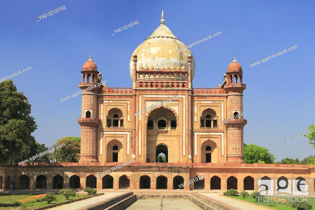 Stock Photo: Safdarjung Tomb, New Delhi, India.