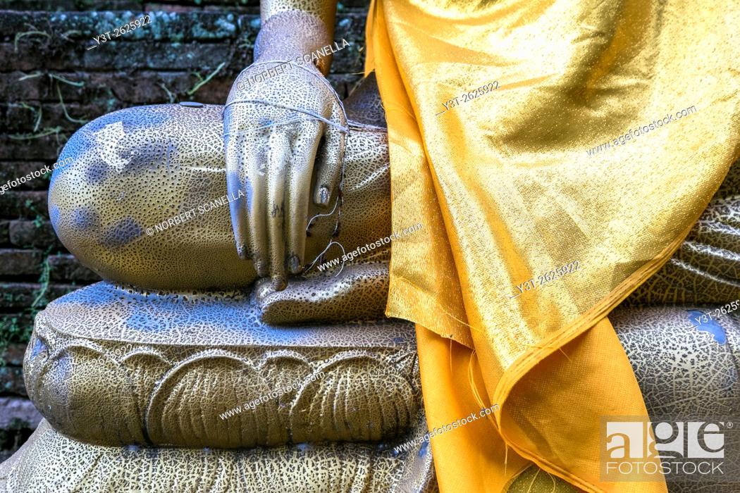 Stock Photo: Asia. Thailand, Chiang Mai. Wat Lok Molee. Statue of Buddha. Detail.