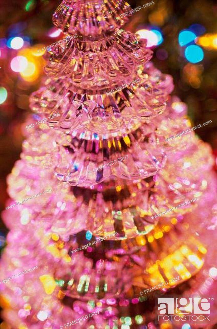 Imagen: Close-up of a miniature Christmas tree.