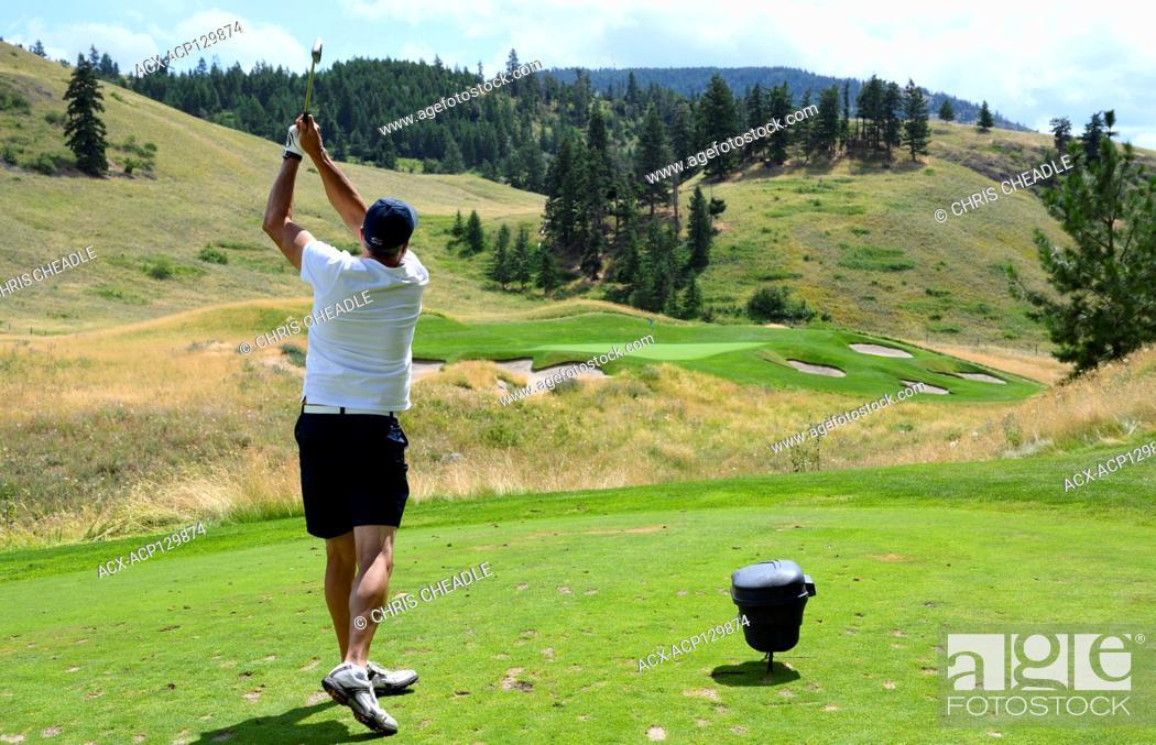 Stock Photo: Male golfer at Tower Ranch Golf Club, Kelowna, BC, Canada.